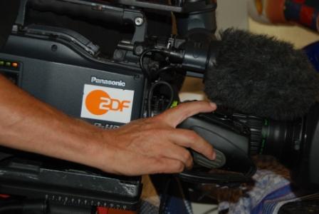 Mit viel Liebe zum Detail wurde für die heute-Nachrichten in ZDF ein Aronia-Rezept gedreht.